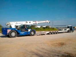 Mais um para frota: novo caminhão para transporte de plataformas aéreas