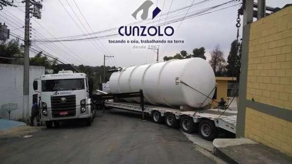 A Cunzolo realizou a remoção, transporte e içamento de dois equipamentos (tanque e container). A operação foi realizada com o Guindaste Articulado Fassi 800, Guindaste Articulado Fassi 1150 e o Guindaste Industrial Ormig 45.